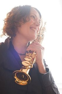 Bild: Öffentliche musikalische Schlenderweinprobe - Saxophon