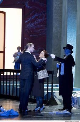 Bild: Der Konsul - Premiere