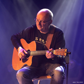 Bild: Jacques Stotzem - Acoustic Rock Guitar