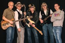 Bild: Blues Ox - Drei Gitarren, ein Konzert... Blues der Extraklasse