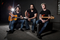 Bild: The Heavy Hitters Acoustic Project - feat. Michael Vdelli