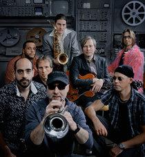 Bild: Fazzolletti meets Funky ZoNe - eigener Stilmix zwischen zackig treibenden Funk-Soul-Grooves und entspanntem Soul-Jazz