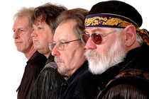 Bild: CCR - CREEDENCE CLEARWATER REVIVED - feat. Johnnie Guitar Williamson