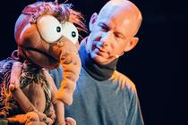 Bild: Benjamin Tomkins - Der Puppenfl�sterer