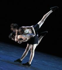 Bild: Danza Contempor�nea de Cuba - Reversible \ Tangos Cubanos \ Maria Etnocentra