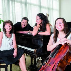 Bild: VOLLMOND - Musik, Tanz & Variet�e - im Theatercafe