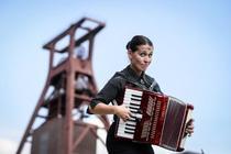 Bild: Carmela de Feo - Meine besten Knaller - Best of Programm