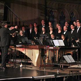 Bild: Weihnachtliche Weisen - Festliche Chormusik mit Instrumentalbegleitung