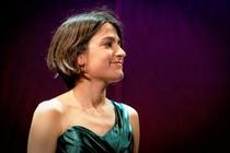 Bild: Earthquake - Saskia Giorgini, Klavier - Konzerte mit jungen K�nstlern