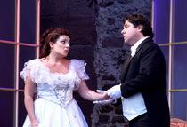 Bild: La Traviata - Giuseppe Verdis Oper um Liebe, Einsamkeit und Tod als Open-Air